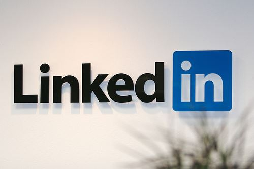 How can i use linkedin for marketing