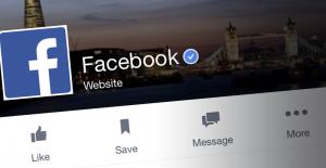 How facebook earns